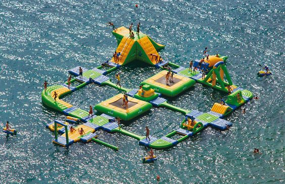 This giant inflatable water park is located at Callaway Gardens Resort, Atlanta, GA. Click to view more awesome pictures.