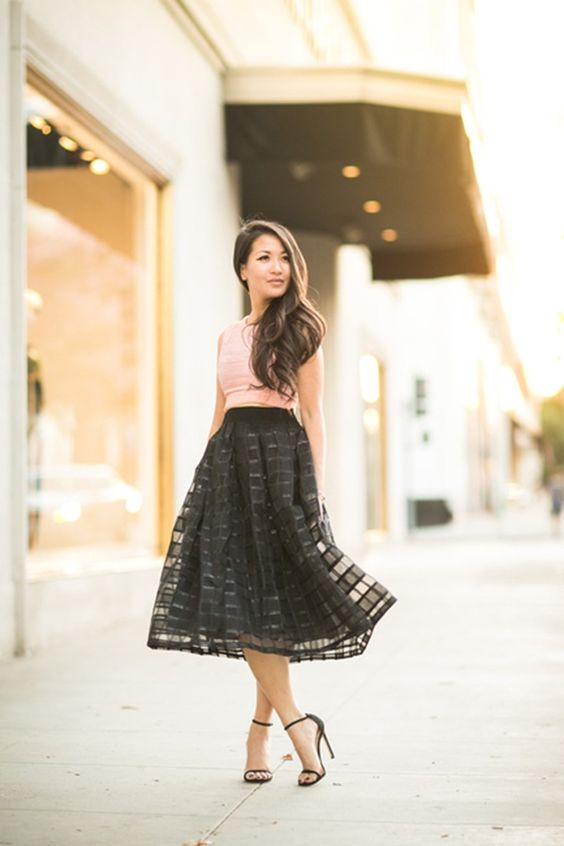 20 gorgeous winter wedding guest style ideas pretty tulle for Dresses for winter wedding guest
