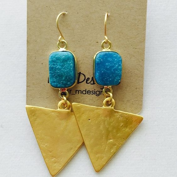 14kt gold filled druzy earrings This listing is for (one) pair of beautiful 14kt matte gold filled earrings.   Blue Druzy stones, with triangle ends.   Gold Filled  Tarnish resistant  Light weight    - R+M Designs Jewelry Earrings