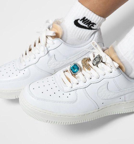 Nike Wmns Air Force 1 07 LX Bling | Mercari | Nike air shoes ...