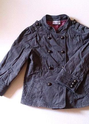 À vendre sur #vintedfrance ! http://www.vinted.fr/mode-enfants/vestes-et-manteaux/24822549-veste-militaire-kaki-4-ans