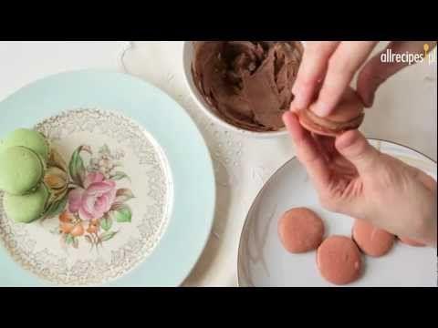 Makaroniki - przepis na kolorowe francuskie ciasteczka - Allrecipes.pl