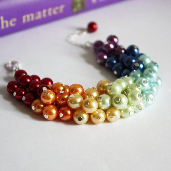 Arco iris pulsera, pulsera de perlas racimo, damas de honor regalos, joyería de la perla, Rainbow boda