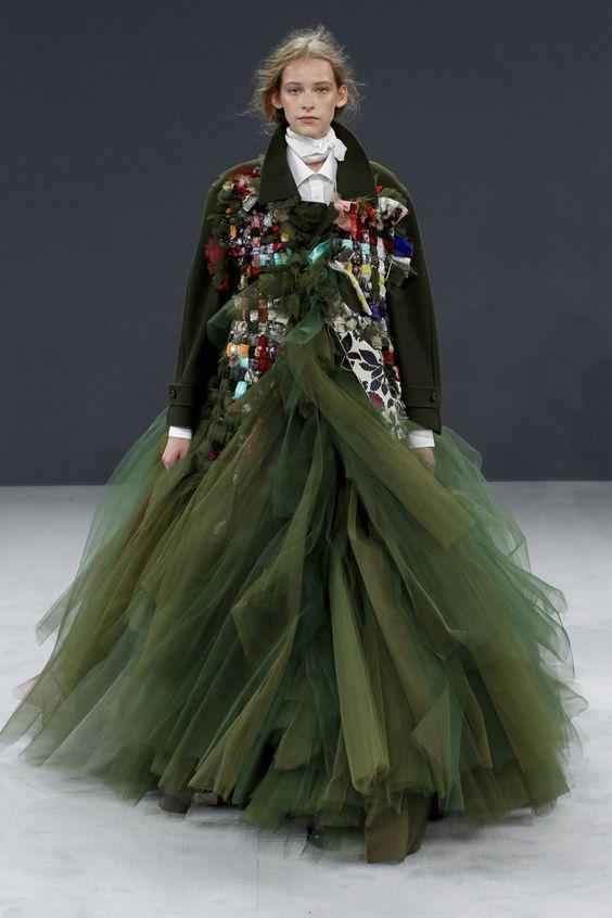 Viktor & Rolf | Haute Couture | Fall 2016 Model: Luka van der Veken