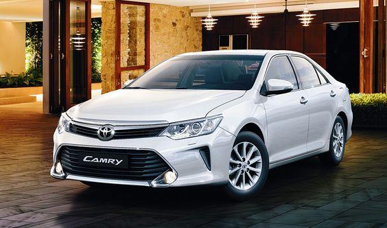 Toyota Camry : 2016