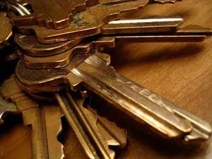 Craft uses for old keys: