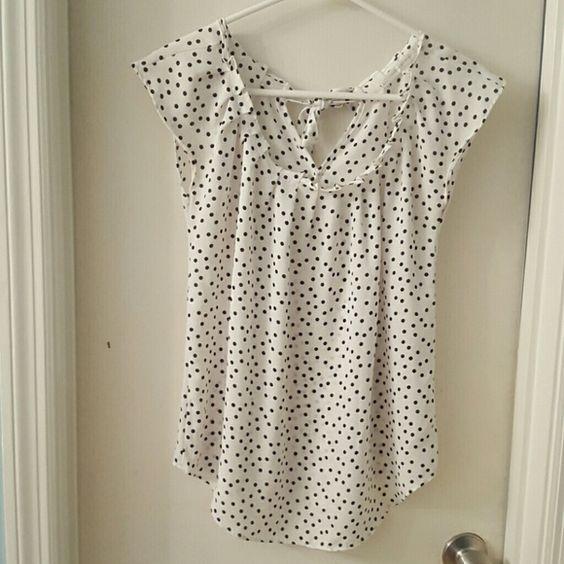Lauren Conrad Top Extra Small LC Lauren Conrad Top, white with black polkadots, LIKE NEW!  Ribbon tie in back LC Lauren Conrad Tops