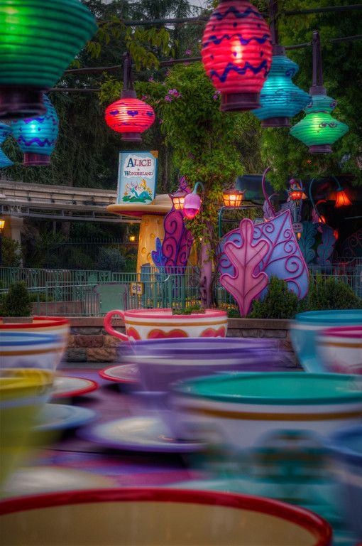 Early Morning at the Mad Tea Party Sunrise at the Disneyland Resort is a beautiful, beautiful thing.