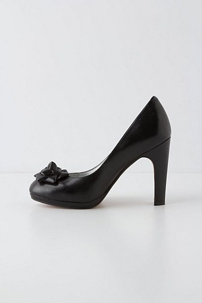 Anthropologie Gift-trimmed pumps
