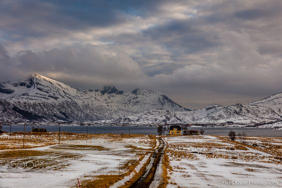 Lonely house by hanskrusephotography. Please Like http://fb.me/go4photos and Follow @go4fotos Thank You. :-)