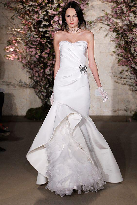 Honeymoons & Destination Weddings  Check out our Facebook Page!  https://www.facebook.com/AAHsf  Oscar de la Renta Bridal, primavera-verano 2012
