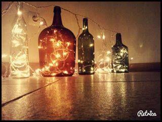 garrafas e garrafões iluminados