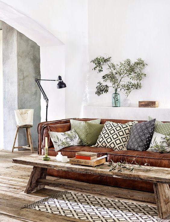 Chất liệu mua ghế sofa da thật TPHCM ở đâu tạo nên đẳng cấp phòng khách