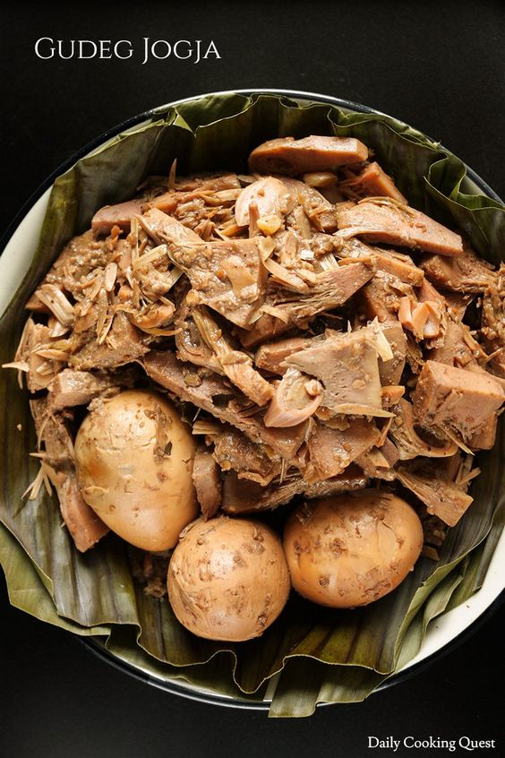 There are two young jackfruit dishes that are super famous in Indonesia, one is Padang jackfruit curry, and the other one is Yogyakarta jackfruit stew, lovingly called gudeg Jogja in Indonesia. Gudeg is traditionally slow cooked in a claypot for hours until all the liquid and spices have been…