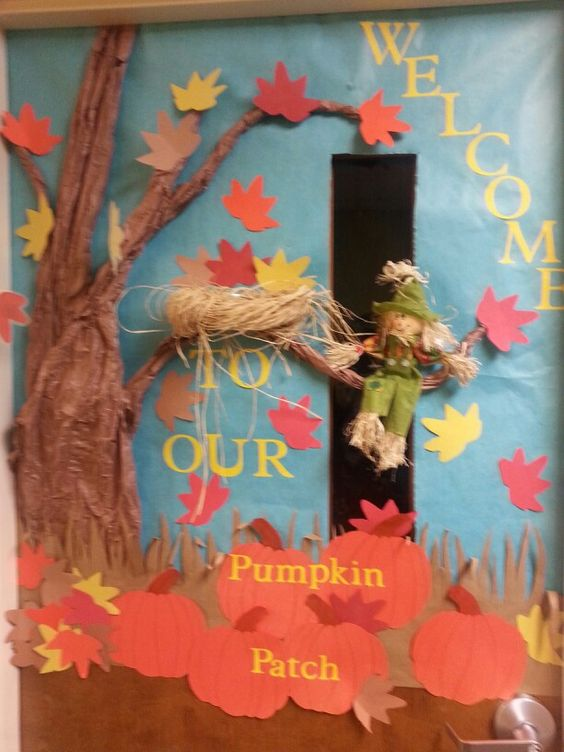 Fall daycare door decorations sonshine day school for Autumn classroom door decoration ideas