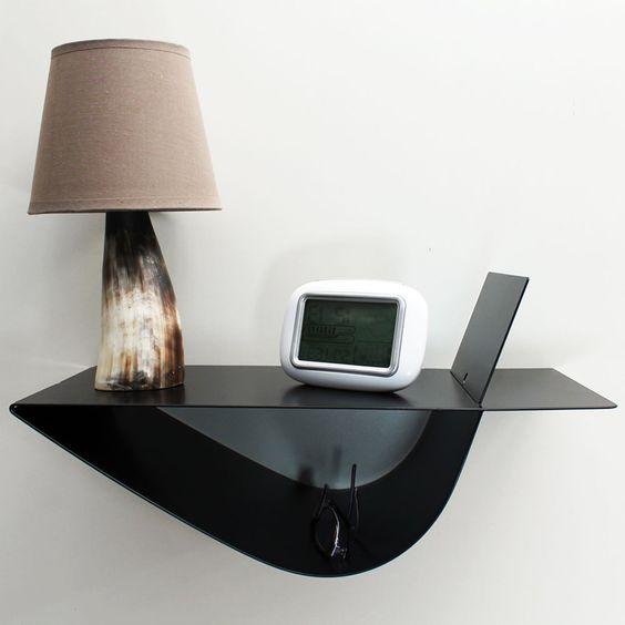 table de chevet suspendue zen noire sym trique. Black Bedroom Furniture Sets. Home Design Ideas