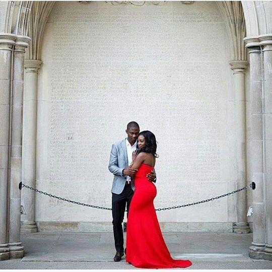 Modern and fresh pre wedding session captured by @waleariztos  Love!  #engaged #prewedding #weddinginspiration