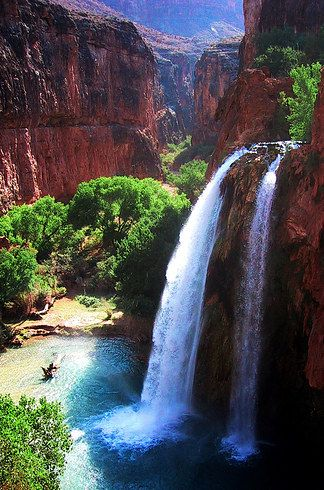 """Totally Breathtaking Trails To Hike Before You Die:  Havasu Falls in Havasupai; Grand Canyon, Arizona:  """" it's so beautiful. Hiking 10 miles through the desert on the bottom of the canyon, then you pass a Native-American burial ground and come up over a cliff with a giant turquoise waterfall. So awesome."""""""