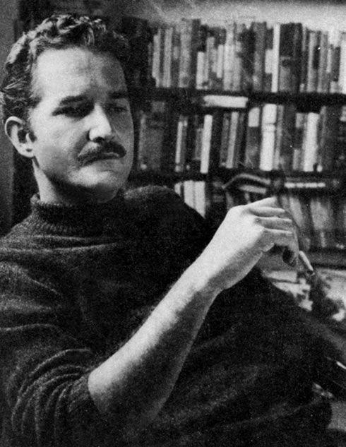 """Carlos Fuentes (1928-2012)... La muerte de Artemio Cruz, Gringo viejo... """"Debes ver la cara de la muerte para empezar a escribir seriamente."""""""