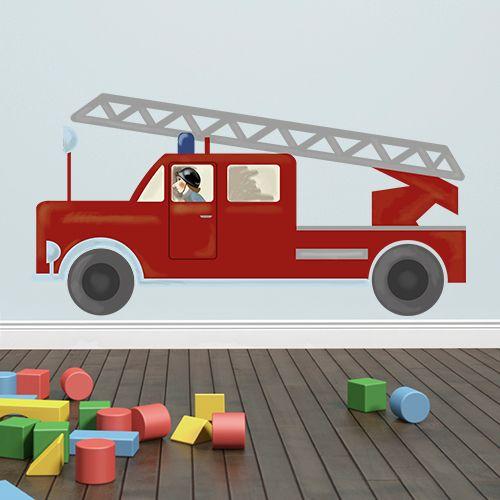 Tatüüüütataaaa! Dieses Wandtattoo könnte der Liebling im Kinderzimmer werden. Die Feuerwehr liefern wir in verschiedenen Größen, damit sich große und kleine Jungs freuen.
