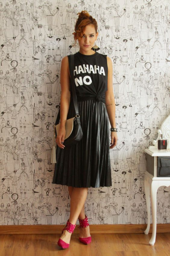 Look do dia: saia plissada e camiseta muscle - Blog De repente Tamy Blog De repente Tamy: