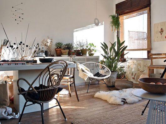 artist renilde de peuter's home studio