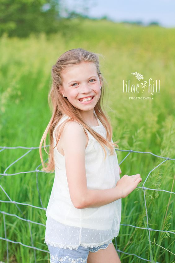 Tween Girl In A Farm Field Pose © Lilac Hill Photography