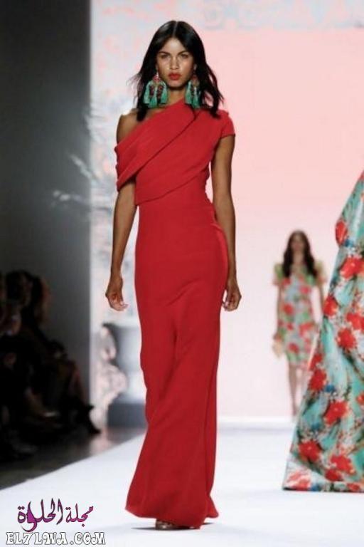 اجمل فساتين سهرة 2021 موديلات فساتين سهرة موضة 2021 قد م المصممون مجموعة من أجمل فساتين سهرة لعام ٢٠٢١ مزينة Badgley Mischka Fancy Dresses Orange Skirt Outfit