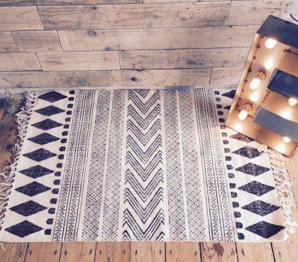 Entdecken Sie Die Tollen Eigenschaften Von Modernem Palmblatter Teppich Teppich Skandinavisch Teppich Kelim Teppich