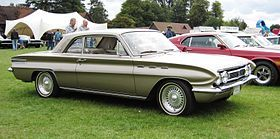 Buick Skylark 1961.jpg