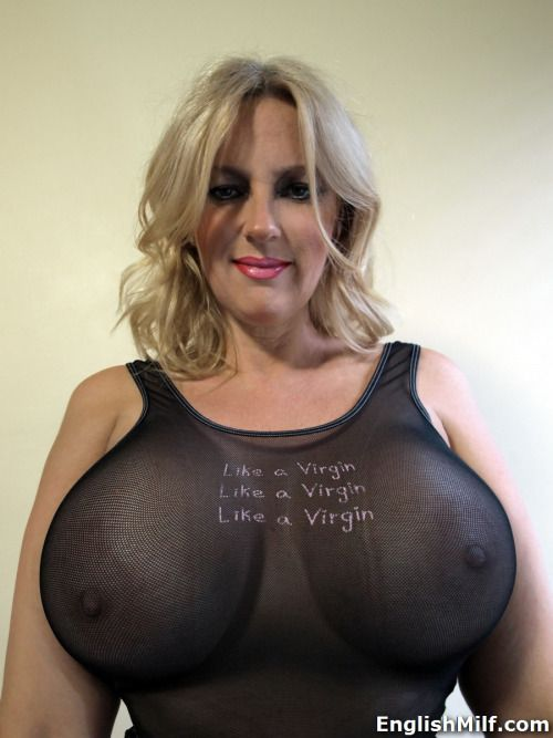 Fantastic milf big boobs