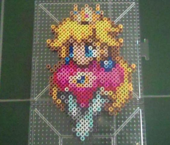 princess_peach_bust_by_suzuriheinze-d5g66w7.jpg (750×637)
