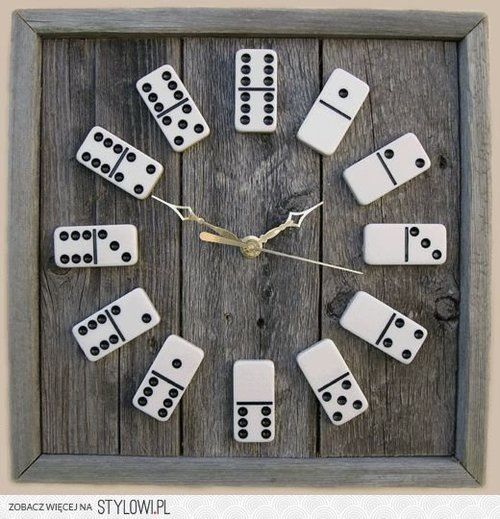 Domino clock - old planks, a photo frame, domino stones and a clock on batteries.