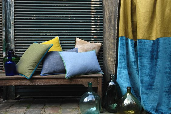 Fabrics by Antoine d'Albiousse Editions, stylism by Oz & Babylone, Photo by Virginie Bastié, Paris 2015
