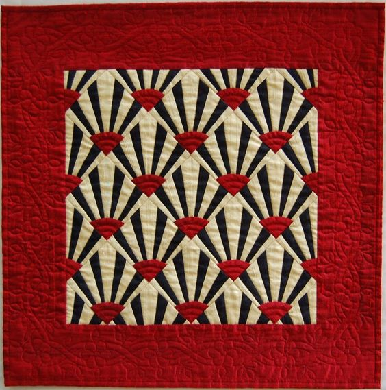 Quilt deco and cream on pinterest for Red door design quilts