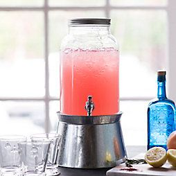 Just in time for Fourth of July celebrations, we teamed up with our neighbors at Philadelphia Distilling to create the perfect party punch.