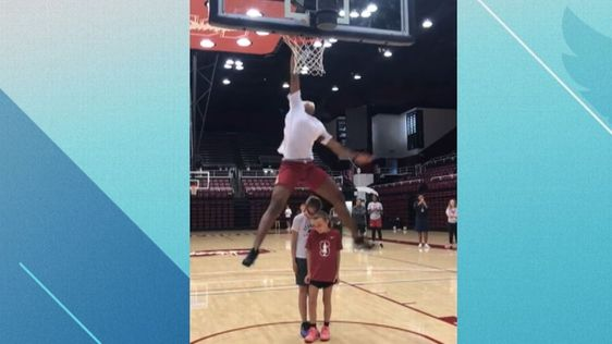 Stanford Women's Basketball, Fran Belibi Dunking
