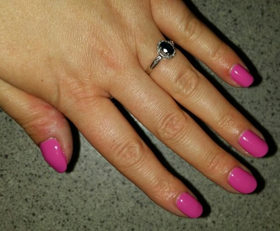Hot pop pink in bluesky summer colours. Loving this pink!!!!!