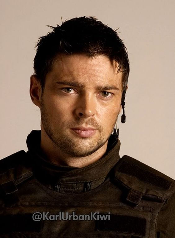 karl urban the new hottie of the week on fox 39 s new show almost human my boys. Black Bedroom Furniture Sets. Home Design Ideas