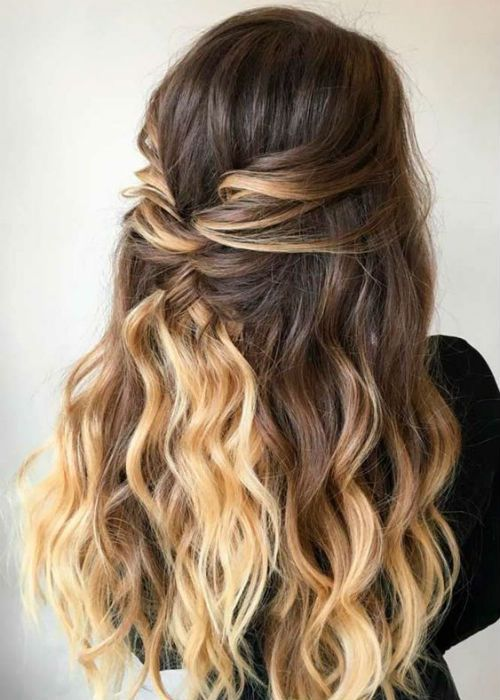 Sensational Long Ombre Wavy Hairstyles For Prom To Mesmerize Anyone Trendy Hairstyles Simple Prom Hair Prom Hairstyles For Long Hair Hair Styles