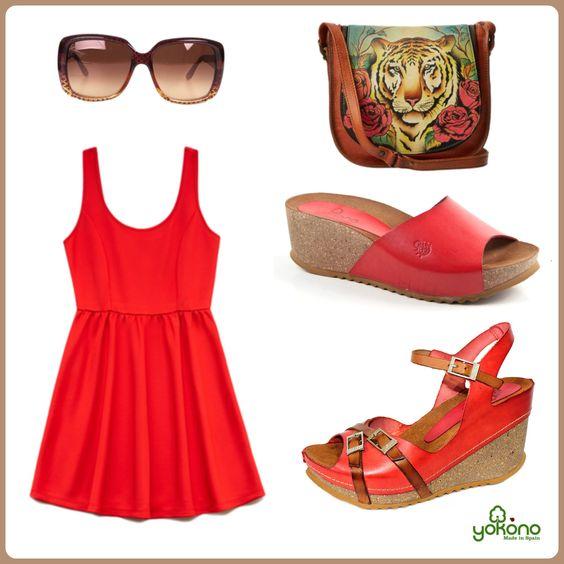 Yokono rojas con vestidito sexy y complementos brown.