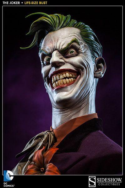 A Sideshow Collectibles colocou em pré-venda um sensacional busto do Coringa em tamanho real para fazer companhia ao Batman Life-Size Bust da coleção DC Comics Life Size Busts. O The Joker Life-Size Bust captura com perfeição absoluta a demência do vilão insano e arqui-inimigo do Batman, com olhos de psicopata e um sorriso maníaco mostrando…