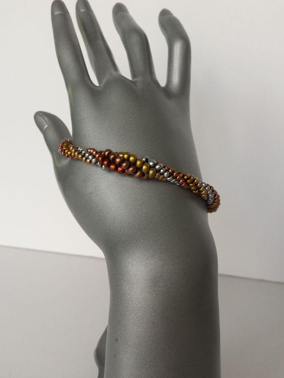 """Bracelet """"tourbillon métallisé"""""""