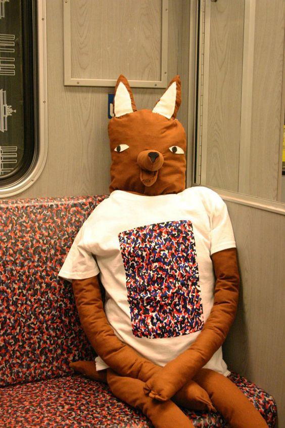 Das U-Bahn Shirt – Werde eins mit Berlin - wurstbande-shirt