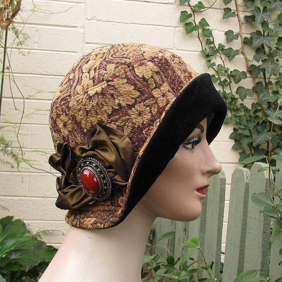 Vintage style cloche hat 1920's: