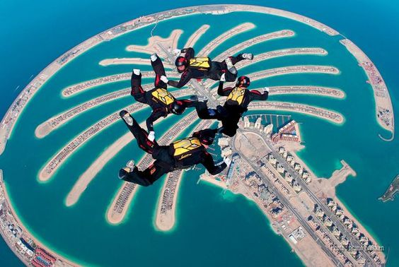 Skydiving in DuBai. I want to fly as birds. What should I do?
