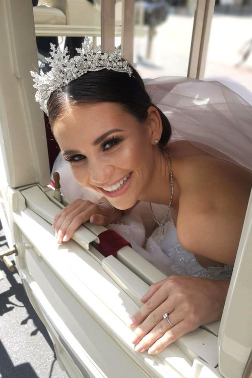 Betty Taube Zeigt Ihr Zweites Brautkleid Braut Hochzeit Betty Taube Hochzeit