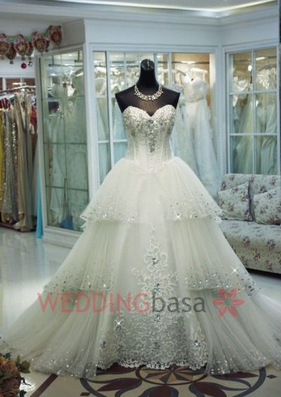 Luxurious Ball Gown Beading Wedding Dresses
