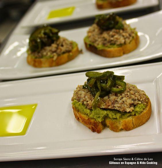 Tapas espagnoles: tapenade verte avec des sardines et des poivrons frits. La tapa espagnole qui a remporté le 3ème prix du concours dédié à l'huile d'olive du Salon du Blog Culinaire de Soissons 2014