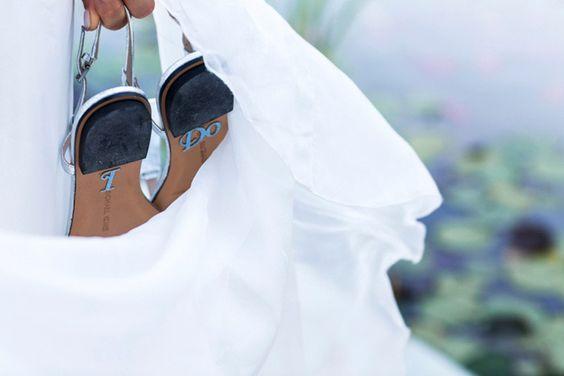Hochzeitsreportage Michi und Nina | Ibiza #Christina_Eduard_Photography #Hochzeit #Ibiza #Weiße_Hochzeit #Brautkleid #annacampbelldesign #I_Do